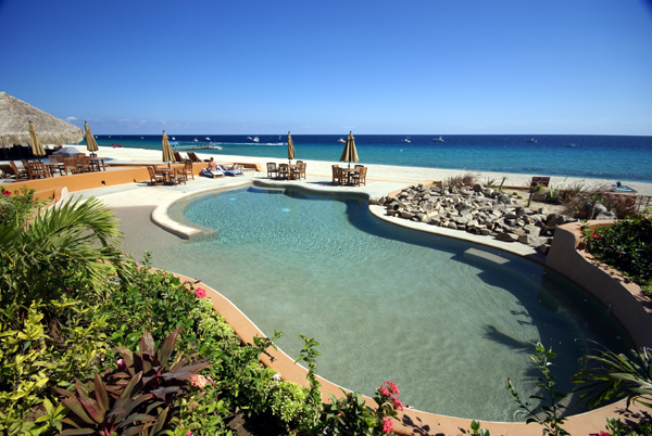 Villas_Jetted_Pool